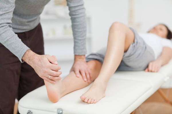 laser therapy for back pain reviews